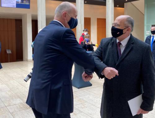 Premier Woidke spotkał się z nowym ministrem spraw zagranicznych Polski Zbigniewem Rauem